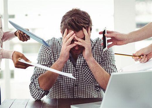 9 dấu hiệu cảnh báo bạn đang bị stress nặng