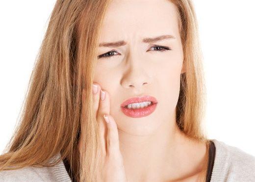 """""""Bỏ túi"""" ngay 5 cách giảm đau răng tức thì"""