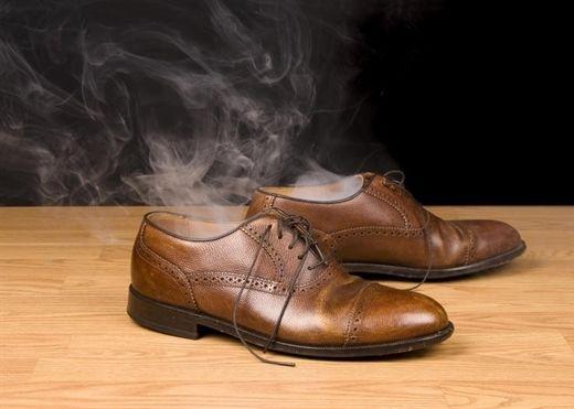 11 cách khử mùi giày da mới cực đơn giản đảm bảo hiệu quả 100%