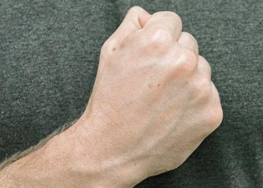 7 bài tập tay giúp giảm đau khớp