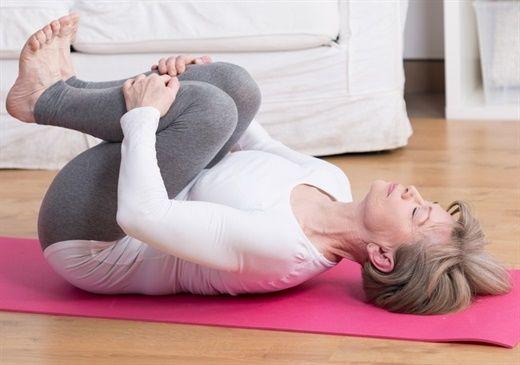 12 bài tập giãn cơ giúp đốt mỡ bạn có thể thực hành ngay tại nhà