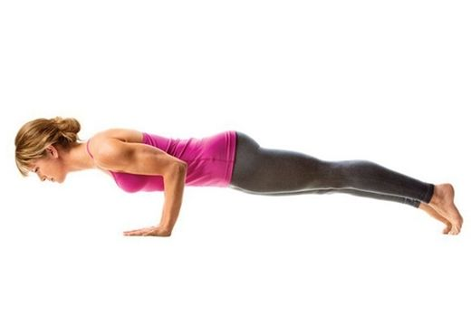 Đau nhức cổ tay khi mới tập yoga, làm cách nào để phòng tránh?