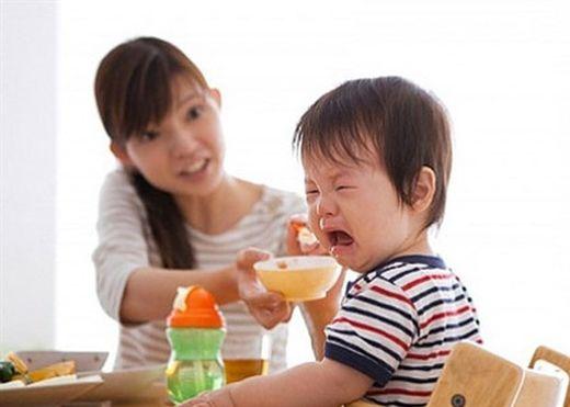 7 sai lầm khi cho trẻ ăn dặm có thể bạn chưa biết