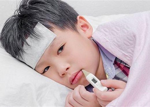 12 cách hạ sốt cho trẻ nhỏ nhanh chóng và an toàn tại nhà, không cần dùng đến thuốc