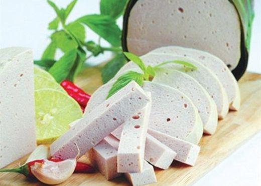 Những loại thực phẩm ngày Tết gây ảnh hưởng nghiêm trọng đối với sức khỏe của người tiêu dùng