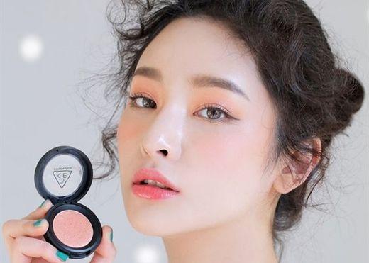 Các tips make-up đẹp long lanh cho đêm Valentine hẹn hò