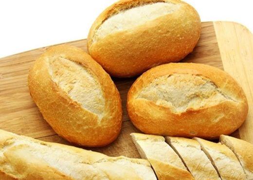 Tác dụng tuyệt vời của bánh mì cũ không phải ai cũng biết