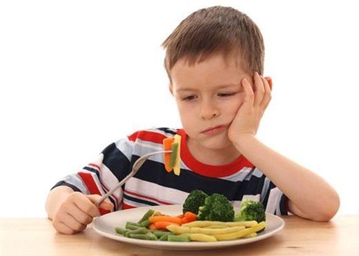 Hàng loạt sai lầm của phụ huynh khi cho trẻ ăn sáng gây ảnh hưởng đến sức khỏe