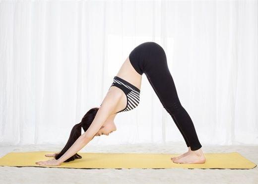 Không thể tới phòng tập, đây là 3 bài yoga đơn giản tại nhà giúp cải thiện hệ miễn dịch
