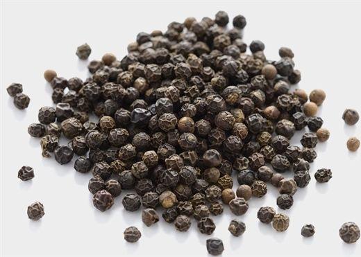 Ăn hạt tiêu đen mỗi ngày mang lại nhiều lợi ích cho sức khỏe không phải ai cũng biết