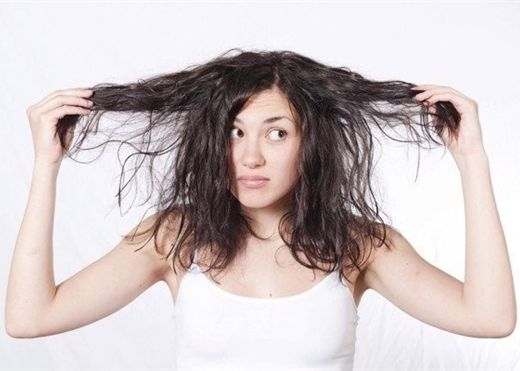 4 cách khắc phục tóc bết dầu nàng nào cũng nên ''bỏ túi''