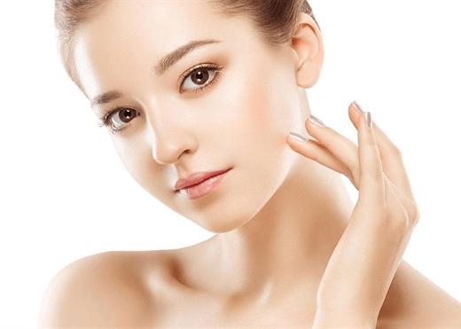 Những hành động đơn giản hàng ngày giúp làn da của bạn trẻ ra 10 tuổi