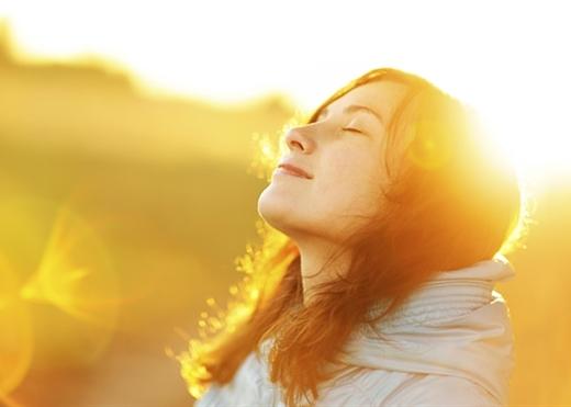 Phơi nắng buổi sáng chỉ 10 phút mỗi ngày, trí nhớ của bạn sẽ cải thiện đáng kể