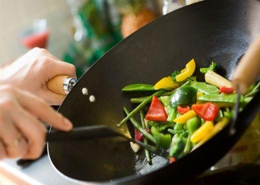 Những mẹo đơn giản giúp bạn có sức khỏe tốt và không bị tăng cân trong mùa đông