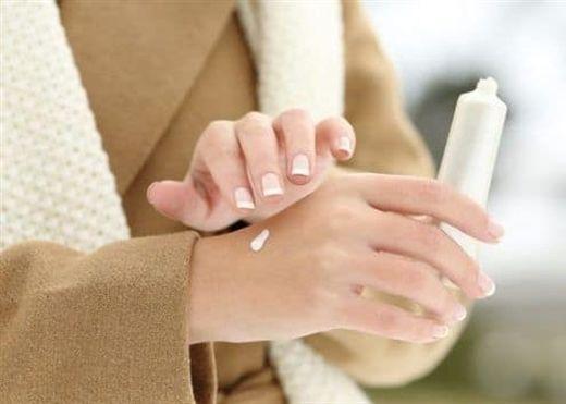 Đây là lý do bạn phải bảo vệ làn da khỏi ánh nắng mặt trời ngay cả trong mùa đông