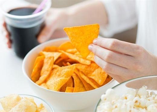 7 loại thực phẩm nguy hiểm đang rút ngắn tuổi thọ của bạn