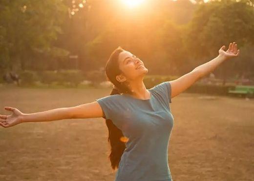 Cách lấy Vitamin D từ ánh nắng mặt trời một cách an toàn