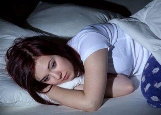 Điều khủng khiếp gì xảy ra với cơ thể bạn khi bạn ăn bữa tối quá nhiều?