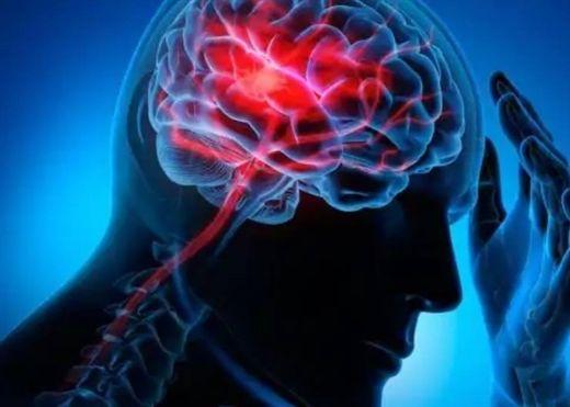 Hút thuốc hàng ngày làm tăng nguy cơ đột quỵ gây tử vong