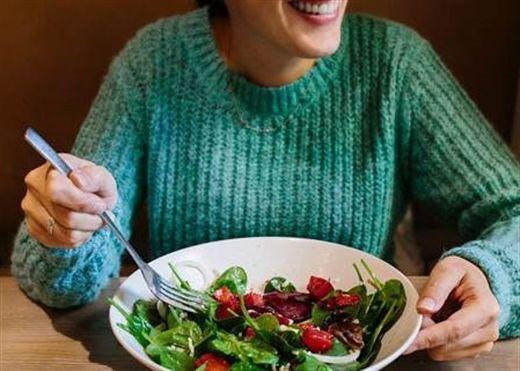 Chế độ ăn giàu chất xơ giúp giảm nguy cơ trầm cảm ở phụ nữ