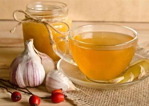 Trà tỏi – Thức uống khá lạ giúp kiểm soát lượng đường máu hiệu quả