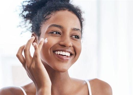 6 mẹo đơn giản giúp bạn có được làn da sáng mịn tự nhiên