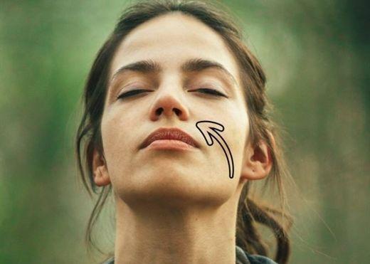 Nguyên nhân dẫn đến tình trạng hơi thở có mùi vào buổi sáng và cách để loại bỏ nó
