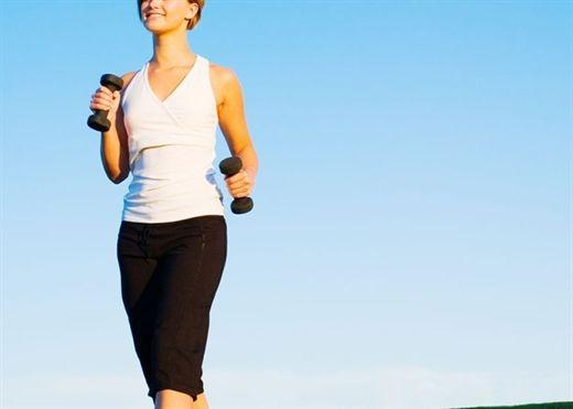 Đi bộ là cách tập thể dục và đốt cháy chất béo hiệu quả nhưng bạn nên biết những sai lầm cần tránh