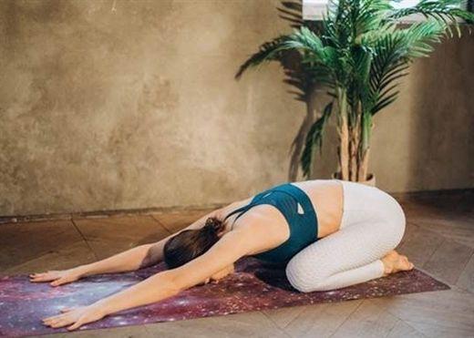 5 bài tập giảm đau mỏi cổ và vai liên quan đến căng thẳng và lo âu