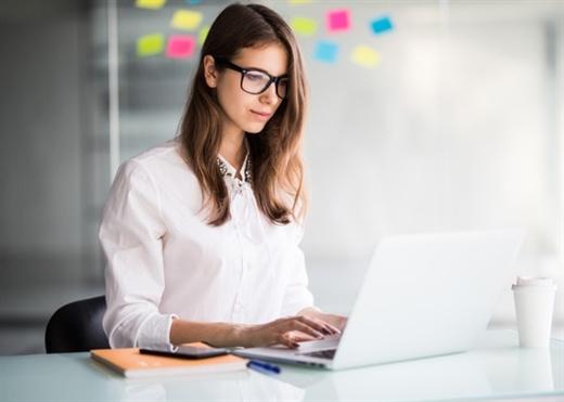 10 cách giúp giảm đau đầu hiệu quả khi làm việc trước máy tính cho dân văn phòng