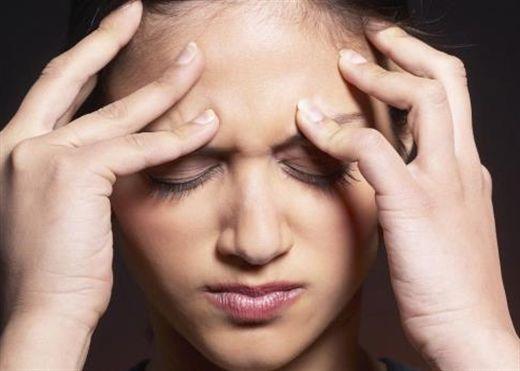 Nếu đang bị chứng đau nửa đầu hạnh hạ, áp dụng ngay các biện pháp tự nhiên tại nhà không cần dùng thuốc