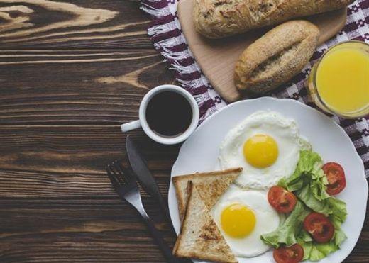 Những người ăn sáng sau 8h30 có nguy cơ mắc bệnh tiểu đường tuýp 2 cao hơn