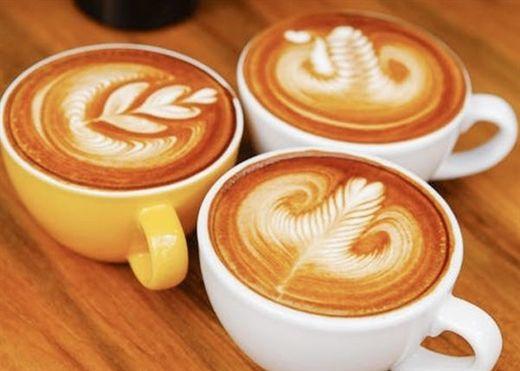 Người ta cứ mê cà phê trứng mà ít ai biết rằng cà phê nghệ vừa ngon lại nhiều lợi ích sức khỏe đáng kinh ngạc