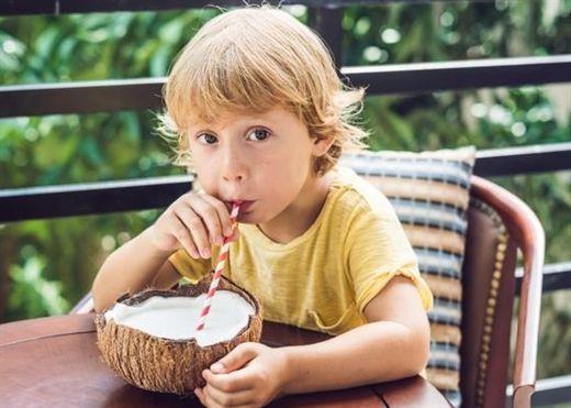 Lợi ích sức khỏe tuyệt vời của nước cốt dừa đối với trẻ mới biết đi: Tăng cường miễn dịch, ngăn ngừa suy dinh dưỡng và tẩy giun hiệu quả...