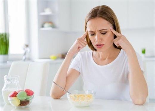 Vì sao bạn thường mệt mỏi sau khi ăn và chỉ muốn ngủ một giấc bất kể đã ăn gì?