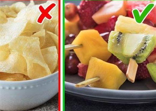 Đau đầu vì trẻ chỉ chịu ăn vặt, bỏ túi ngay 8 bí quyết dành cho cha mẹ để các bé ăn uống lành mạnh