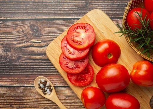 Nếu hay bỏ hạt cà chua khi chế biến, bạn sẽ phải tiếc hùi hụi khi biết những lợi ích sức khỏe này