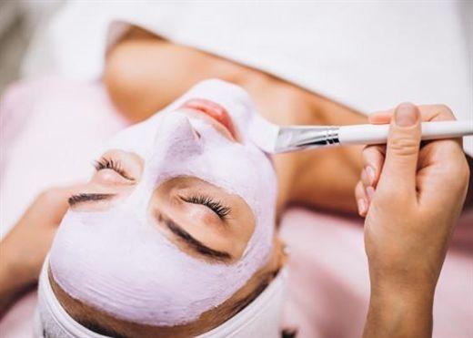 Điều gì xảy ra khi bạn đắp mặt nạ chăm sóc da quá lâu?