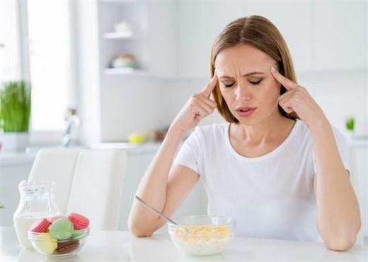 Cách đẩy lùi cảm giác mệt mỏi và buồn ngủ sau khi ăn