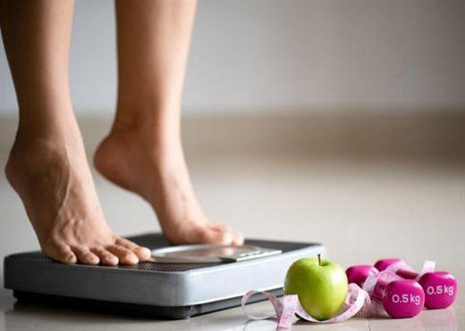 Giảm cân là một quá trình không đơn giản, học ngay những mẹo hữu ích sau để duy trì vóc dáng và cân nặng hoàn hảo