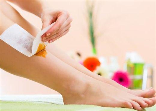 Công thức đơn giản tự làm sáp đường tại nhà giúp tẩy lông hiệu quả và cho làn da mịn màng