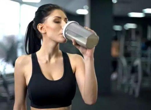Vì sao nhiều người thường áp dụng chế độ ăn lỏng khi muốn giảm cân?