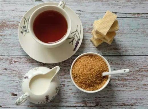Tiêu thụ quá nhiều đường sẽ gây ra chứng viêm và nhiều vấn đề sức khỏe khác, đó là lý do nên nghĩ đến giải độc đường