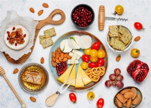 Những thực phẩm gây nóng nên tránh trong mùa hè