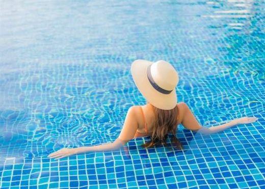 Bơi lội có nhiều lợi ích tuyệt vời, đáng chú ý nhất là giúp đẹp da và kéo dài tuổi thọ