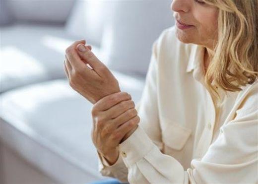 Các dấu hiệu chắc chắn bạn mắc bệnh Parkinson