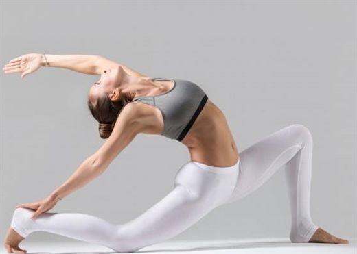 6 động tác kéo giãn cơ mông sau khi ngồi quá lâu