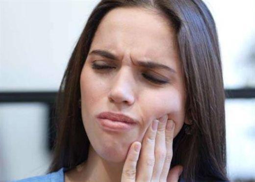 Loét miệng dù không gây tử vong nhưng lại khiến bạn đau đớn vô cùng, đây là cách khắc phục tại nhà khi gặp tình trạng này