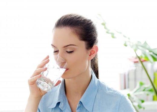 Không phải đến lúc khát mới uống, đây là 6 thời điểm tốt nhất bạn nên uống nước