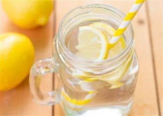Công thức giải độc bằng nước muối giúp làm sạch ruột và đẩy lùi chứng táo bón